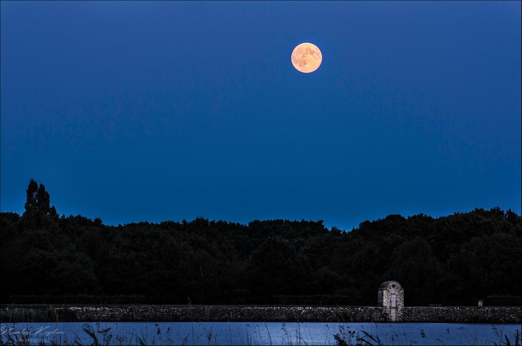 "The ""supermoon"" in 2014"