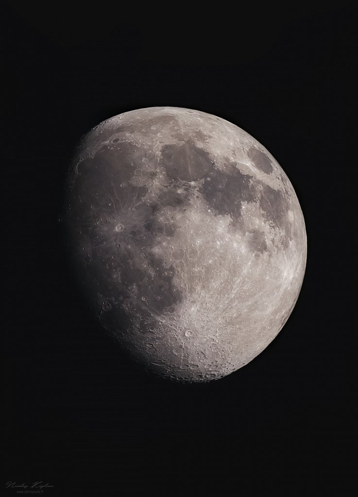 The Moon, 4 april 2020