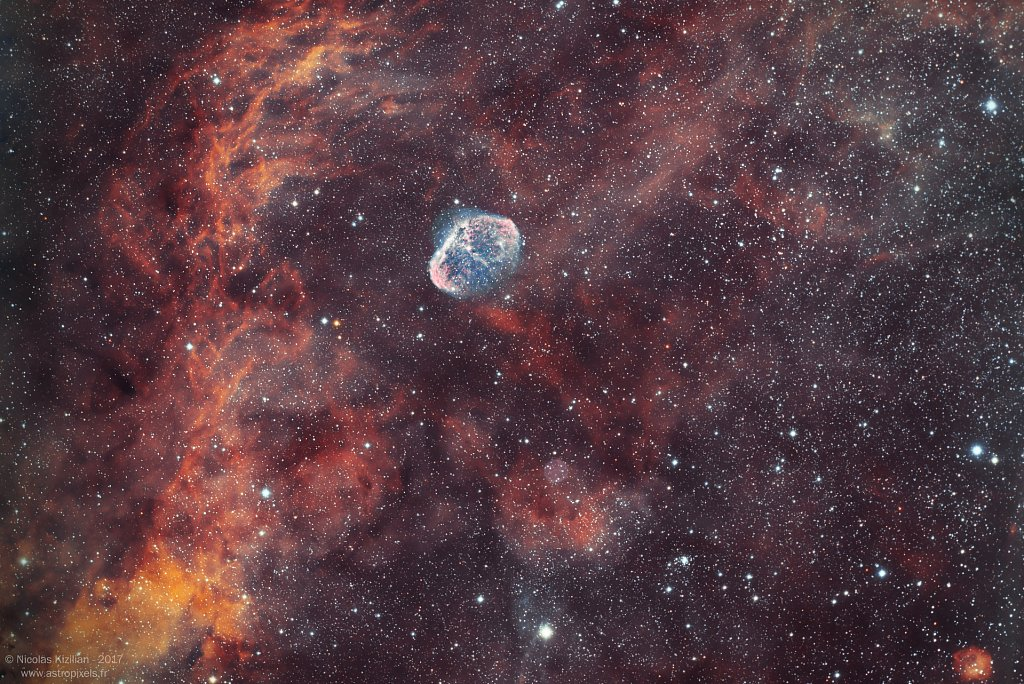 NGC6888-BubbleSoap-Kizilian-1920-wm.jpg